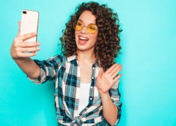 ¡Aprende a posar! 10 tips para salir bien en las fotos