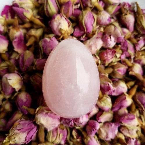 Beneficios espirituales que se atribuyen a los huevos yoni