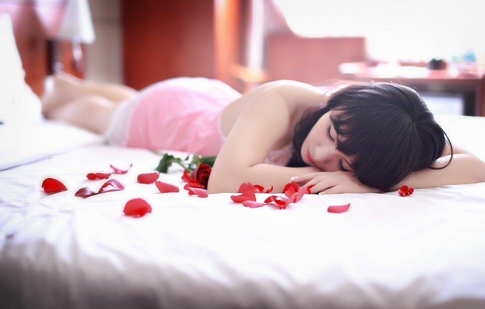 5 posiciones sexuales para aumentar los gluteos