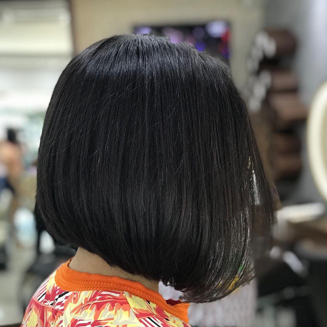 Cortes de cabello estilo bob para mujeres bajitas