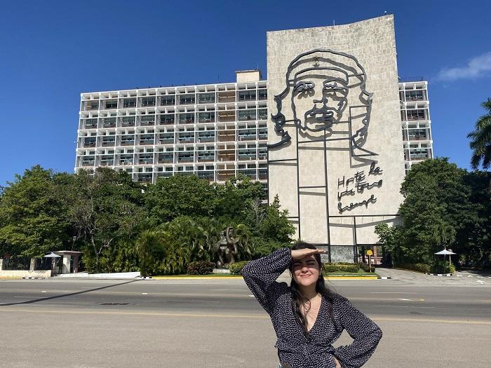 ¿Cómo apareció Andrea Chávez en la escena política nacional?