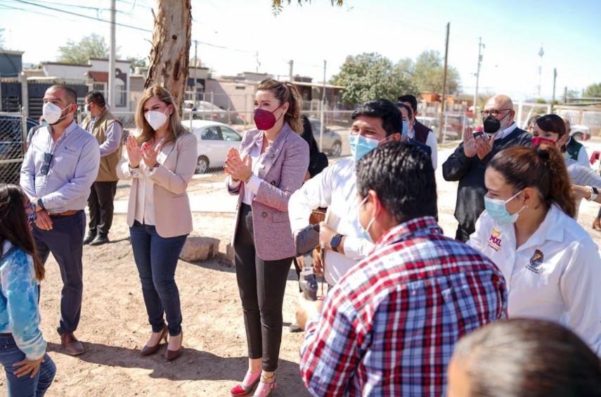 Marina del Pilar entrega casas rehabilitadas a derechohabientes del Infonavit