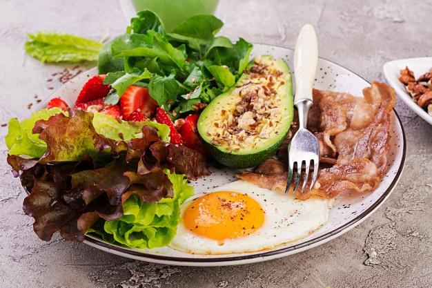 ¿Qué alimentos comer para reducir la cintura?