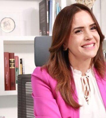 Clara Luz Flores de Juntos Haremos Historia inicia su campaña en Nuevo León