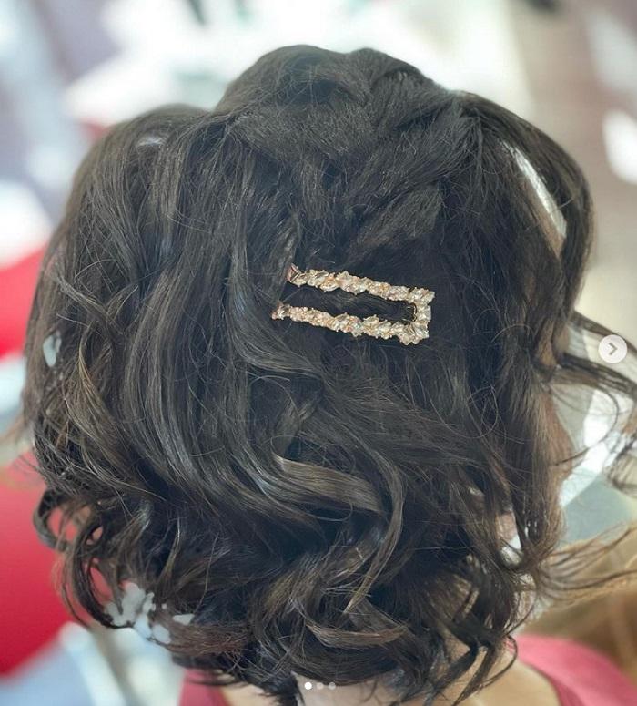 Corte bob para cabello rizado