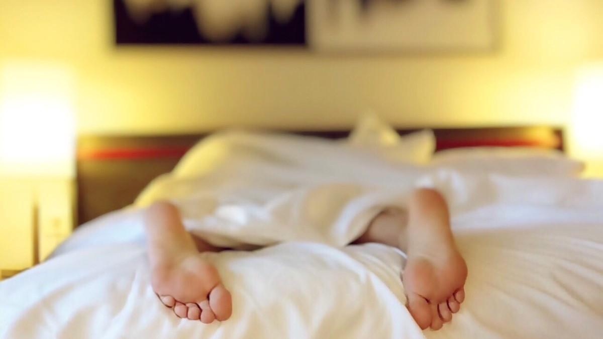 ¿Qué significa soñar con una rata en la cama?